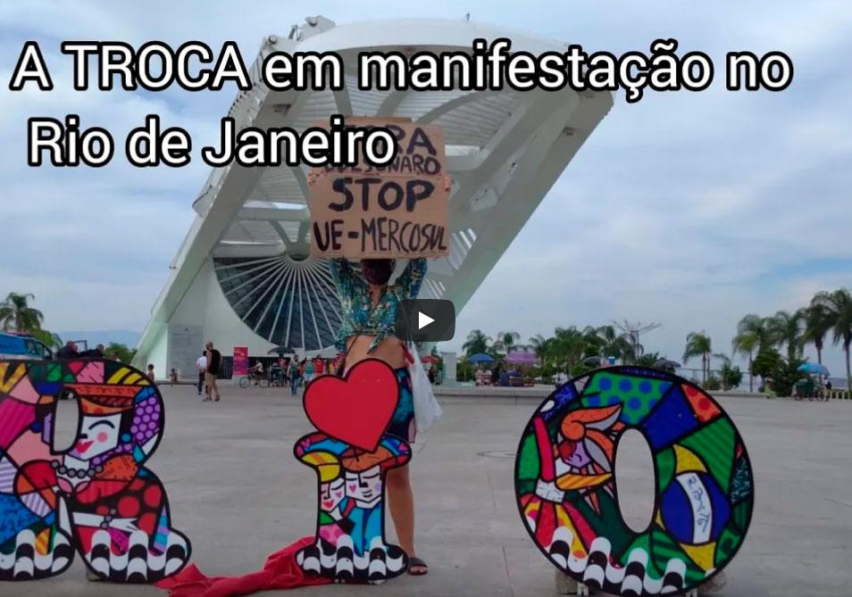 A TROCA em manifestação no Rio de Janeiro