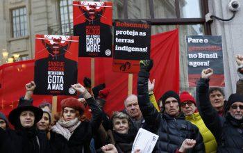 Brasil - Protesto contra violação dos direitos dos povos indigenas
